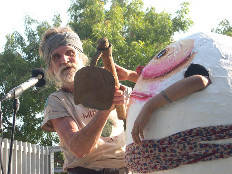 Photographer:Auroville Radio Team  | Johnny with a Manthi