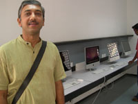 Photographer: | Punit in front of some brand new Imac.