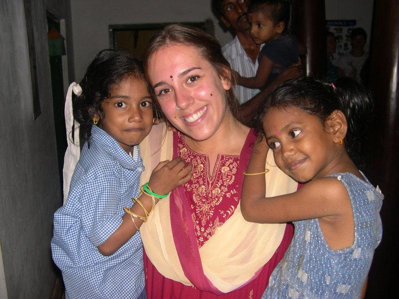 Photographer: | Isabella teacher in Thamarai