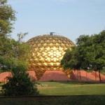 <b>Experiment Auroville</b>