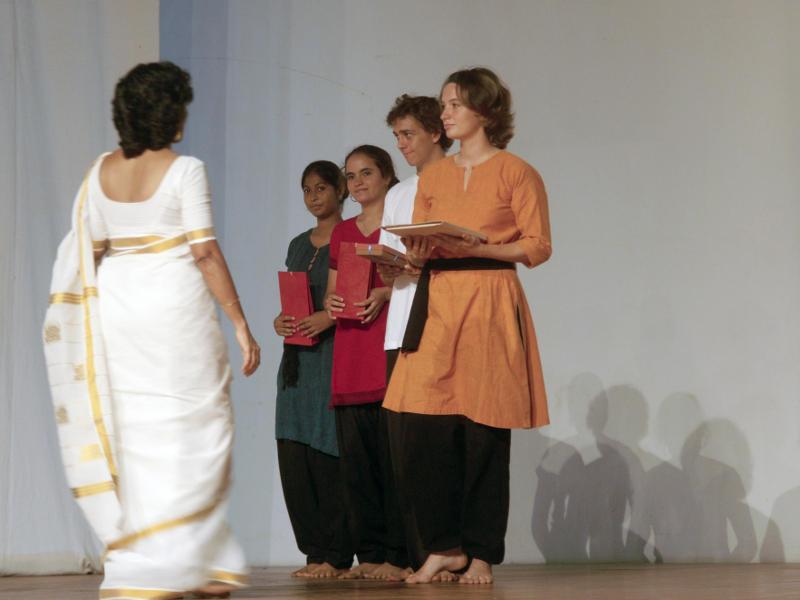 Photographer:Giorgio and Andrea   Anadi onstage Bharat Nivas 'Passage'