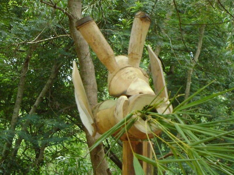 Photographer:Andrea&Miriam | Bamboo sculpture - giraffe