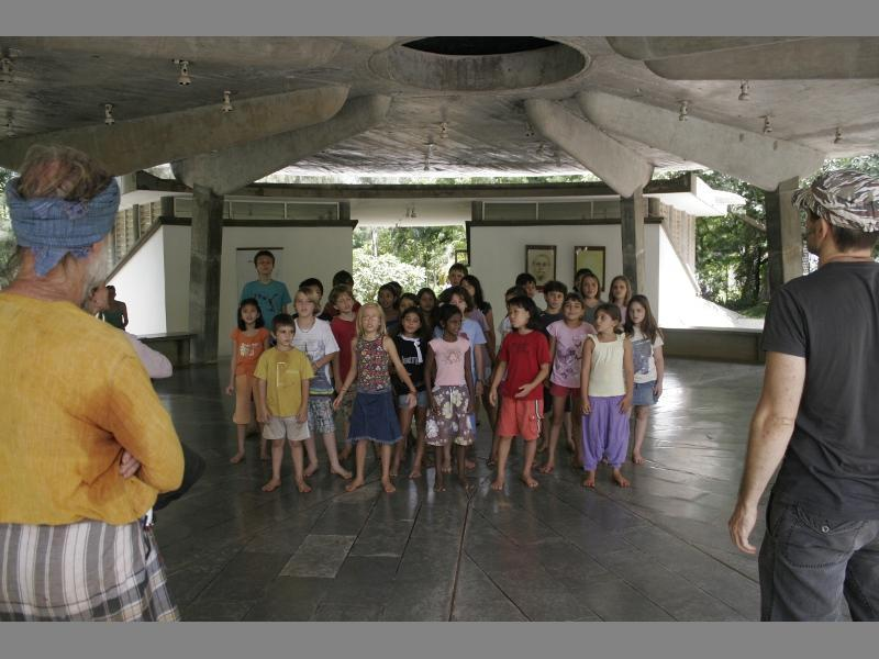 Photographer:Giorgio | The kids practicing in one of the rehearsals.
