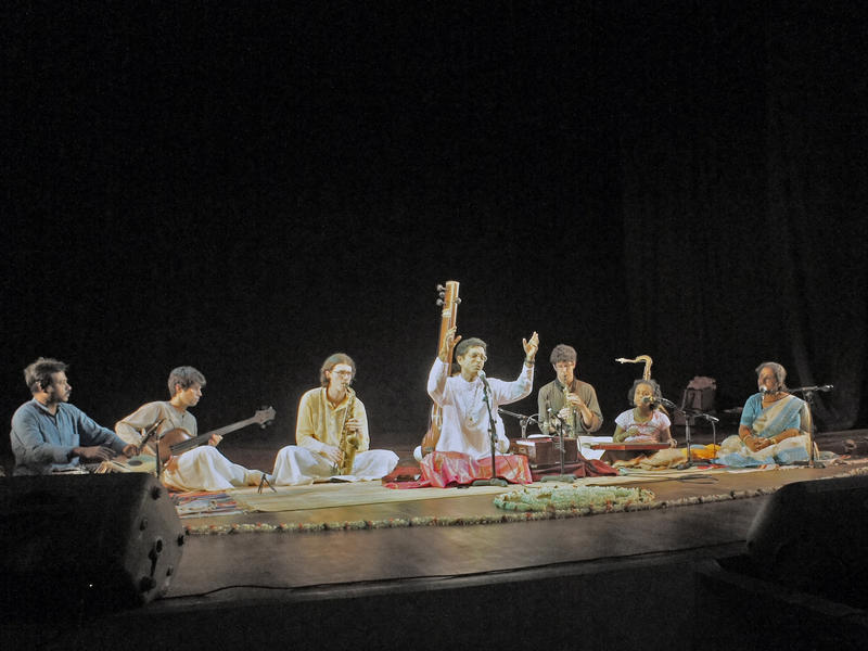 Photographer:Miriam | Convergence Indian Classical and Canadian Jazz musicians