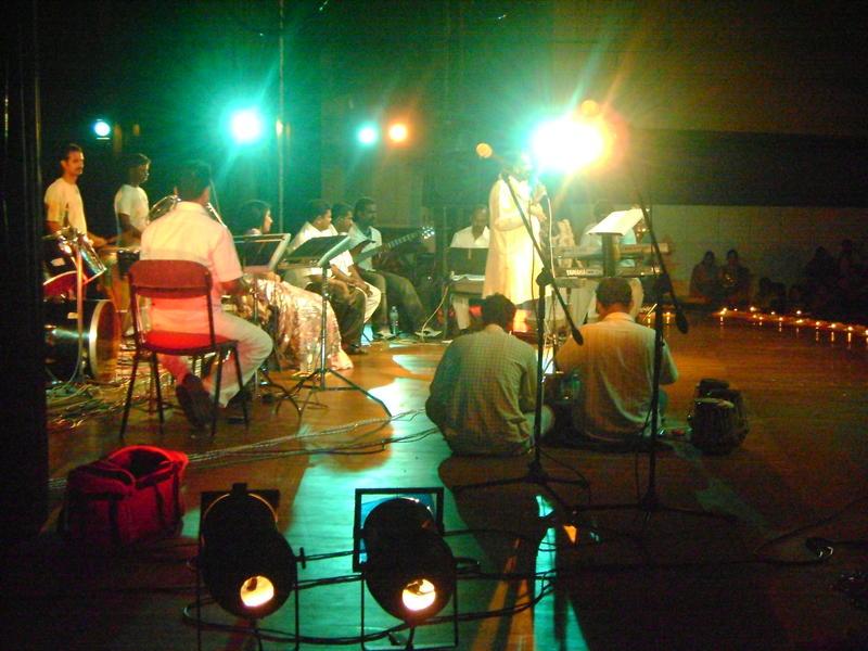 Photographer:Giorgio, Miriam, Sajju | Ganagai Amanran with his orchestra