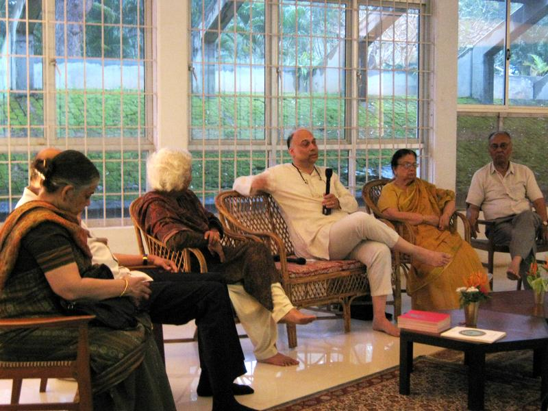 Photographer:Mishel | Debashish Banerji addressing to the audience