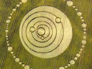 Photographer:web | New Moon in Crop Circles