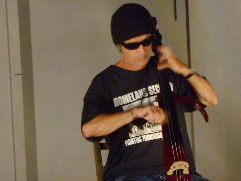 Photographer:Anastasiya/Miriam | Pavitra with his cello