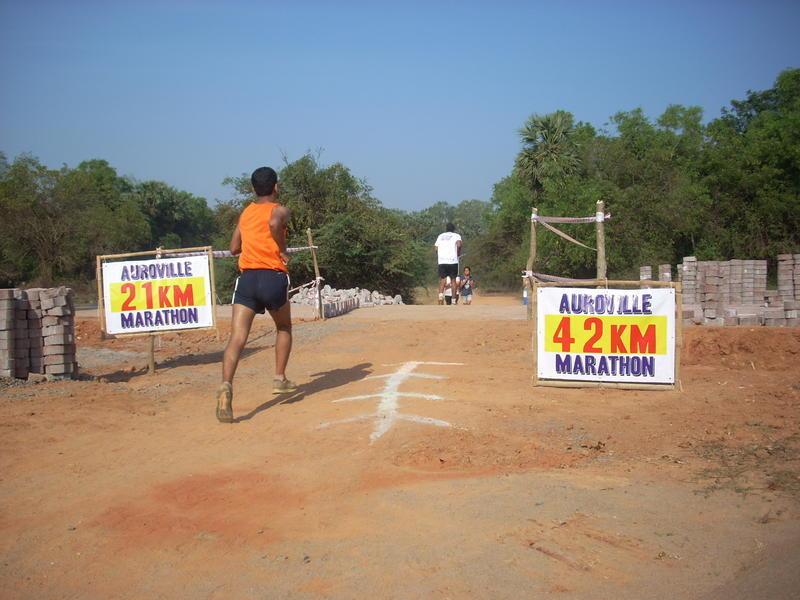 Photographer:Andrea | Running the 42 Km,.