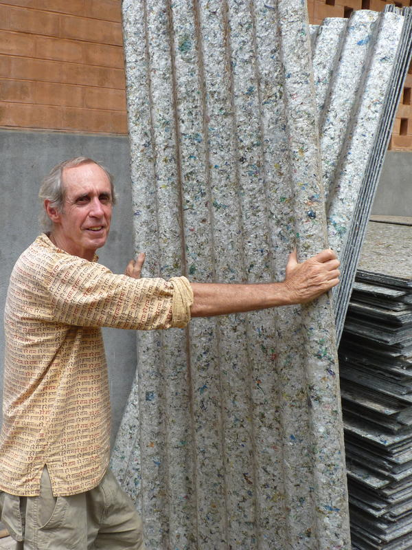 Photographer:Julia Miller | B displays roofing sheets made from recycled Tetrapacks.