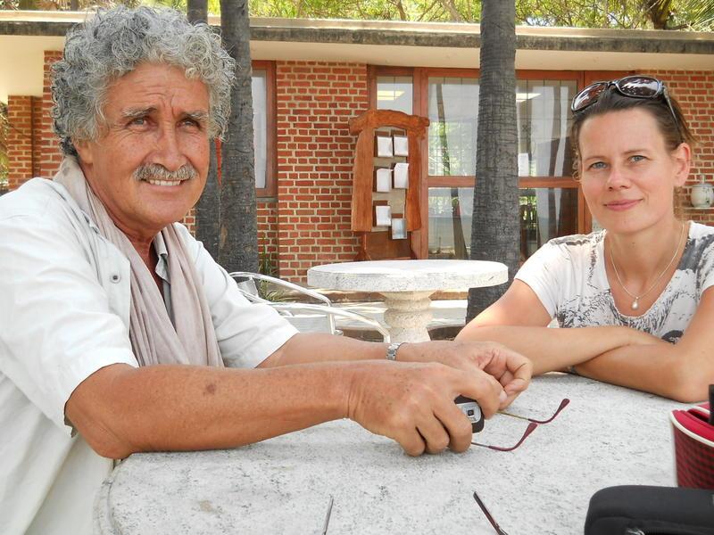 Photographer:Miriam | Ricardo and Tania