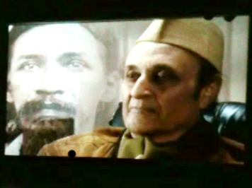 Photographer:Christine   Sri Aurobindo and Dr. Karan Singh on screen