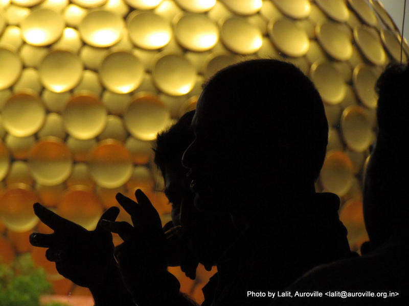 Photographer:Lalit Kishor Bhati   Raghu and Dhruv eclipsing the Matrimandir.