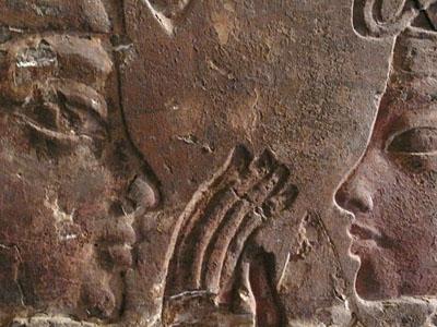 Photographer:web   Maia and Thutankamon
