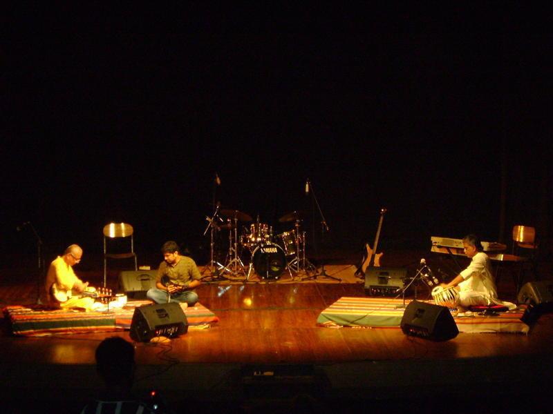 Photographer:miriam | Prasad Gosh, Karthik Iyer, Manosh