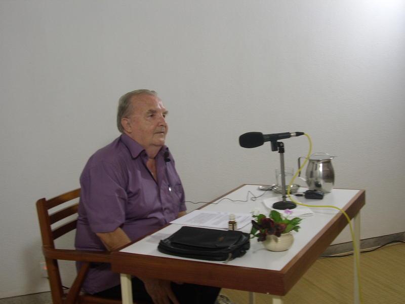 Photographer:Antim   Georges van Vrekhem in the talk