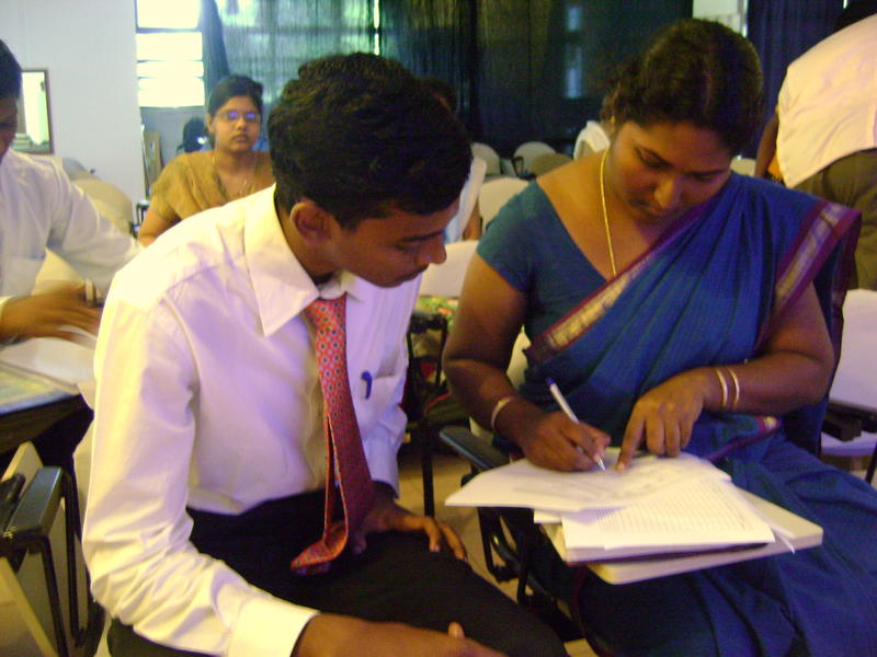 Photographer:Andrea   Pondicherry Engineering University students received in Town Hall