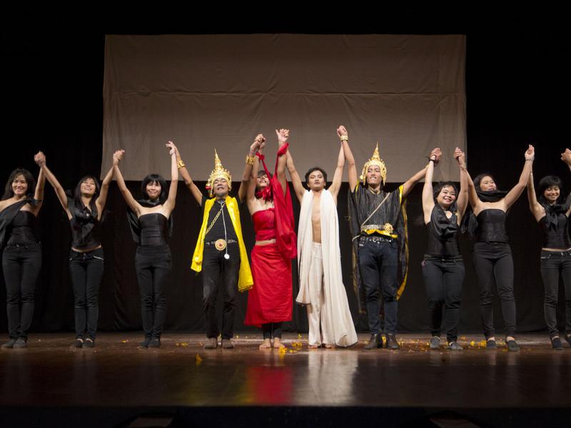Photographer:Giorgio | Moradokmai theatre troupe of Thailand