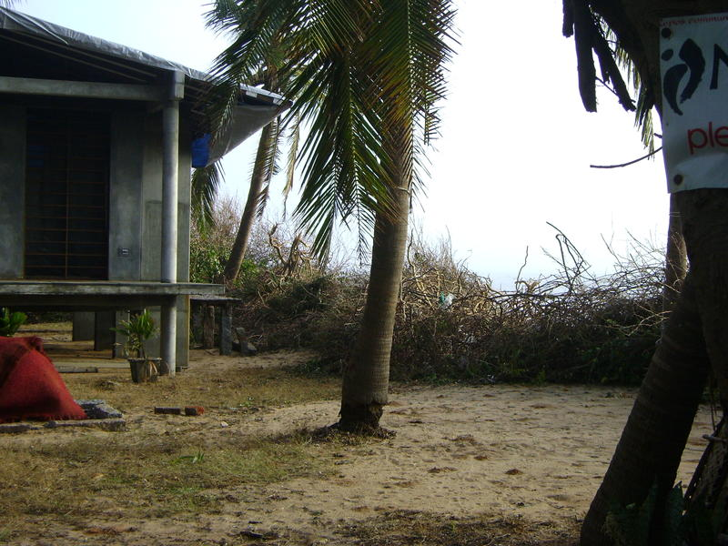 Photographer:miriam | Buganvilla used to fenced the community on the beach side