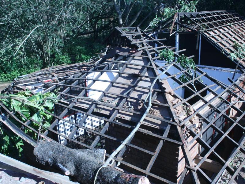 Photographer:Upasana | Damage on the roof
