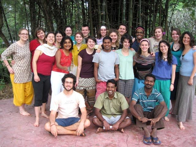 Photographer:Living Routes   Living Routes Students on Arunachula Mountain