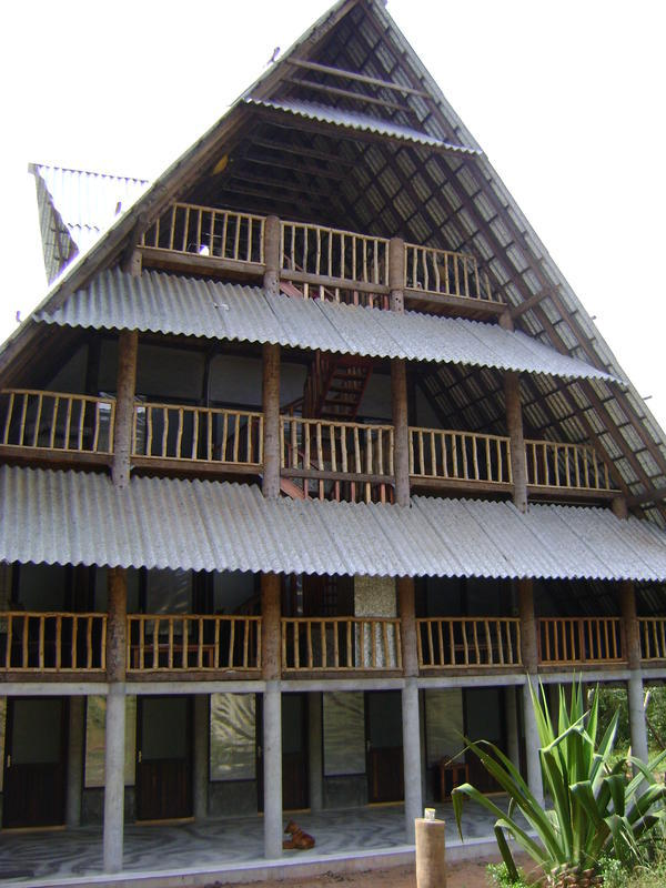 Photographer:Rebecca   a frontal view of the new guest house