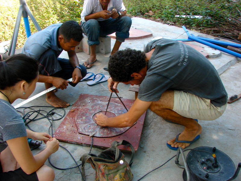 Photographer:Calliope Bosen | the team works on building a homemade wind turbine