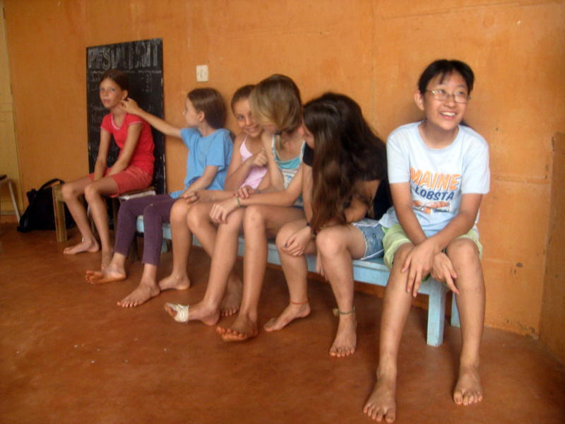 Photographer:Jorren | A Parent who joined in the Laughter Yoga session at the school