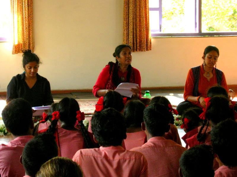 Photographer:Maria | Jaya Madhavan is speaking about her book Kabir the weaver poet