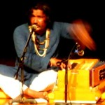 The Mirasi Sufi singer Mukhtyar Ali singing Kabir, Mira and other Sufi poets like Bulleh Shah