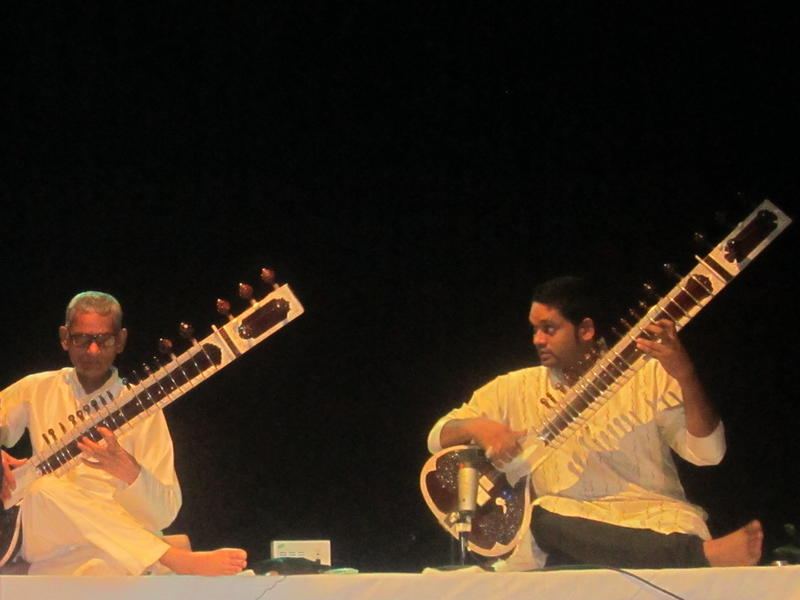 Photographer:Deenaz |  Pandit Shivnath Mishra, Deobrat Mishra