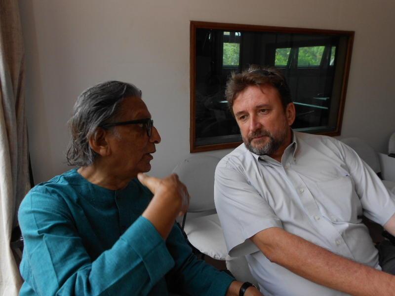 Photographer:Marlenka | Mr. Doshi and Sauro in the conversation