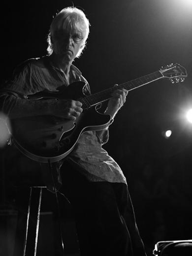 Photographer:Edoardo   Rolf on guitar<br />