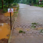 Monsoon reveals mistakes - strecth from Vikas toward Arati