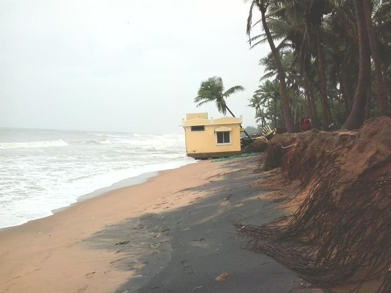 Photographer:Mario | Beach erosion at Repos Community. The Cyclone made this problem worse.<br />