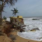 Repos beach erosion