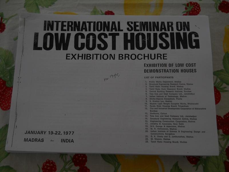 Photographer:Alberto | Low Cost Housing brochurel