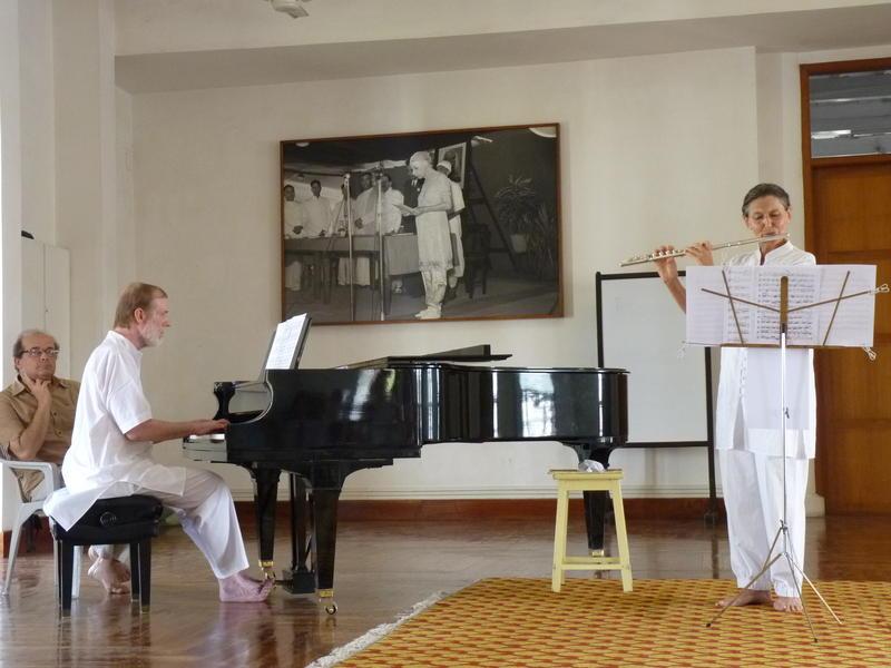 Photographer:Fabienne   Christa Eschmann flute, Richard Hartz piano