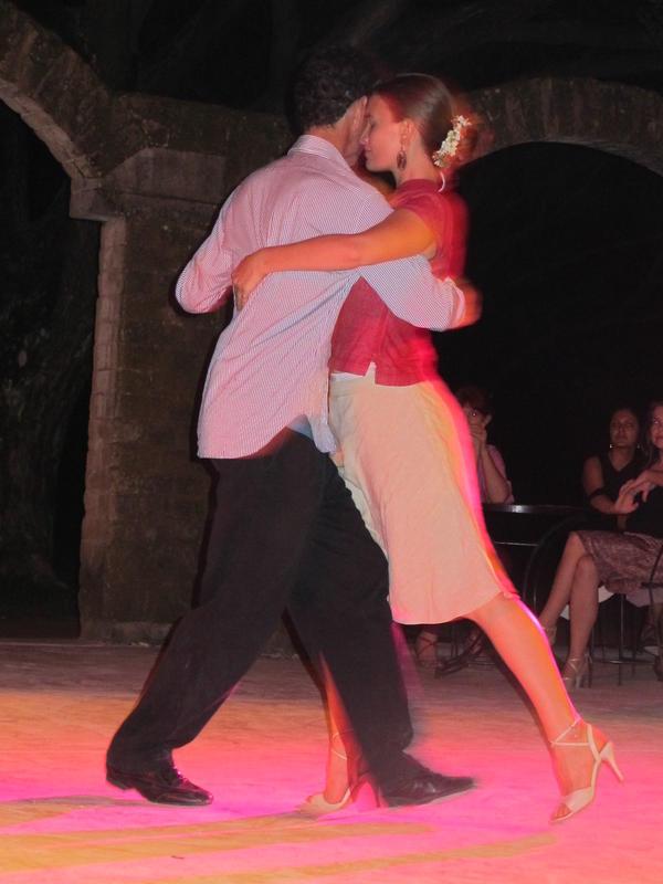 Photographer:Mona   Aurevan and Jorge in action