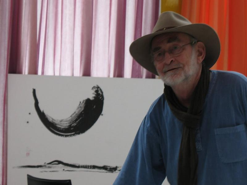Photographer:Courtesy of arteausente.blogspot.in | Prof. Sasse teaching line drawing in Germany <br />