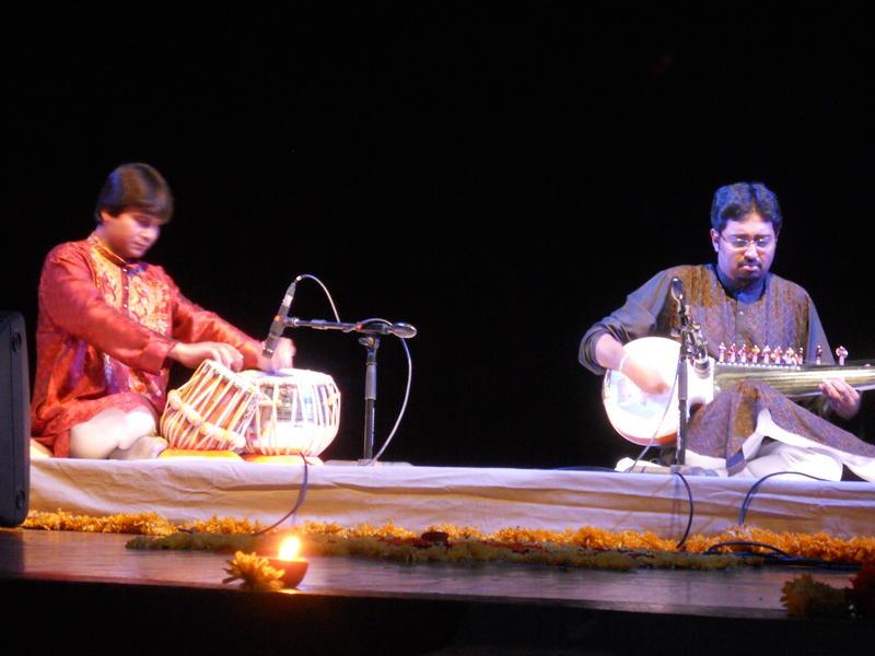 Photographer:Thierry   Abhisek Lahiri and Sri Somen Nandy