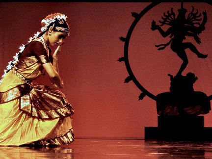 Photographer:web | Bharatnatyam