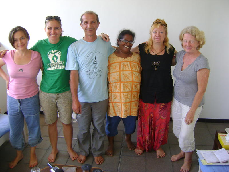 Photographer:Nassim | Entry Service - Saraswati, Kripa, Umberto, Ishita, Eva, Leah