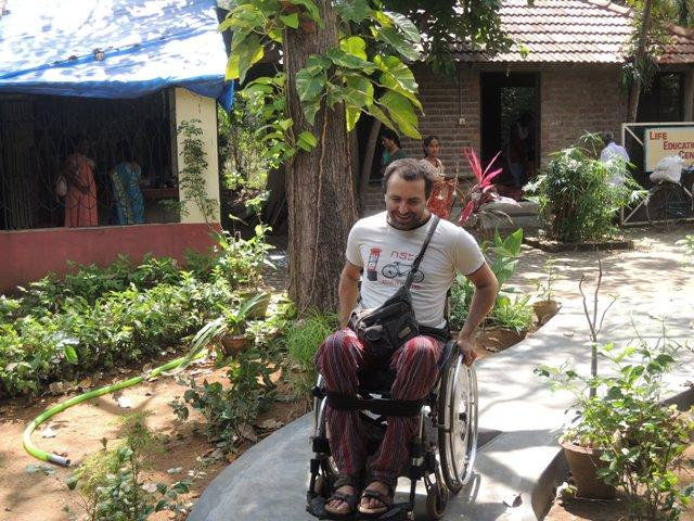 Photographer:Julie | Despite of his disability, Alex keeps his smile and enthusiasm.