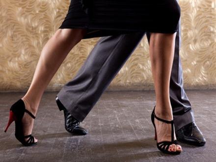 Photographer:web   Tango