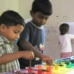 Les enfants apprennent mieux en jouant.