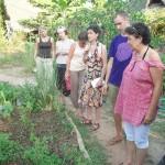 Group touring Sapney Farm