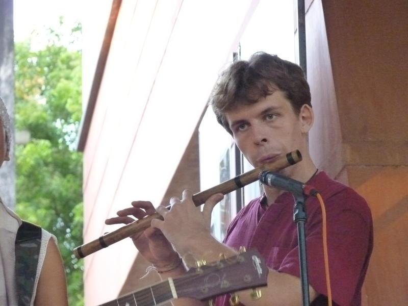 Photographer:Youri | Flute player