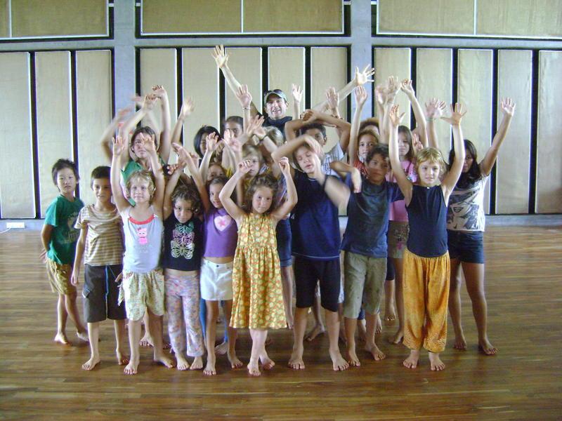 Photographer:Barbara | Children acting in INIKI MALARKEY, NALAKI ANARCHY - A New Kids' Play