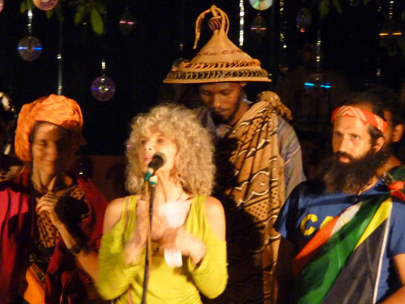 Photographer:Fabienne | South African singing on the stage of the Auroville Singing Festival.